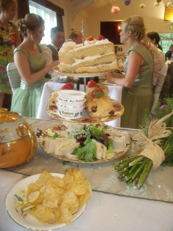 Orangemabel : cookhill village hall - wedding reception - food Orange Mabel