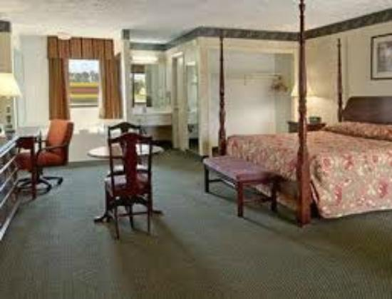 Rowland, Carolina del Norte: King Room