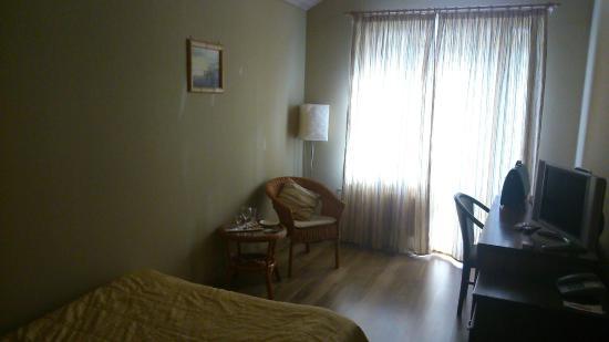 Small Hotel: Номер