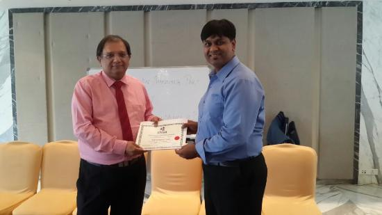 Sherwood Suites : i receiving a certificate...