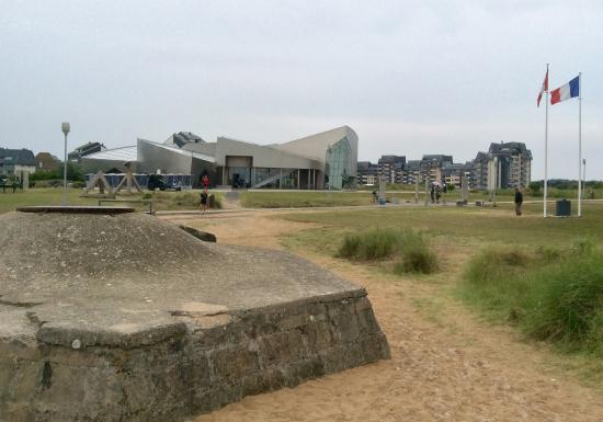 Juno Beach Centre: photo0.jpg
