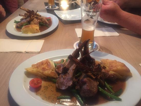 s'Wirtshaus Restaurant: photo1.jpg