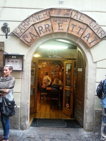 Osteria dai Carrettai: L'Osteria dei carrettai impossibile non venire almeno una volta se venite a Bolzano