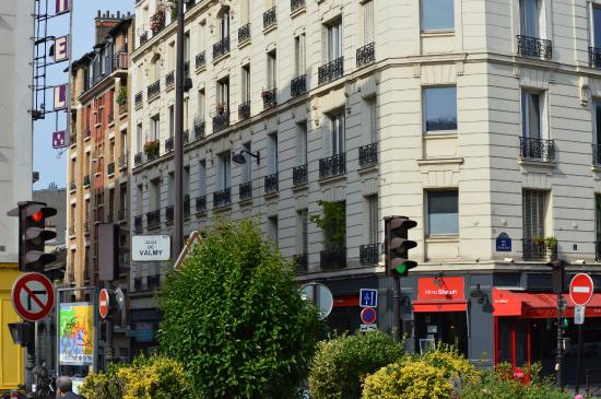 Belta Hotel Residence: hotel belta, paris from near the saint martins canal