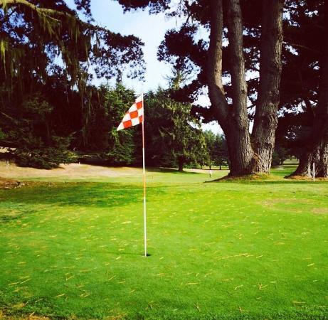 McKinleyville, CA: Beau Pre Golf Club