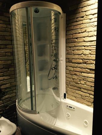 هوتل بونكونتي: Particolare del bagno