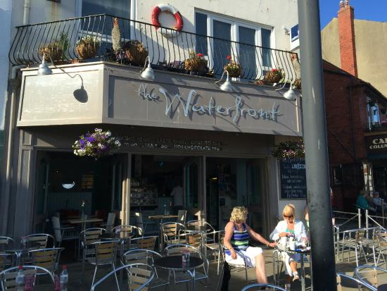 The Waterfront Cafe: Exterior