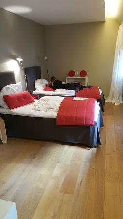 Einschlaf: Hotelkamer - Bedden