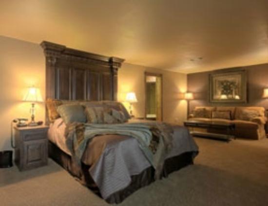 KingWood Suites Luxury Lodges