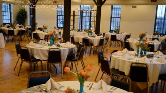 Alexander's Supper Club: Meeting Space for Weddings and Other Events