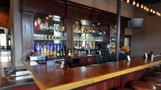 Pub 31 : Upstairs Martini Bar