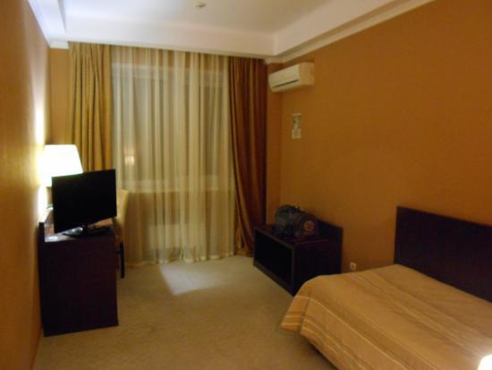 Avrora Hotel: логика