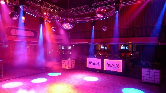 Max Nachttheater