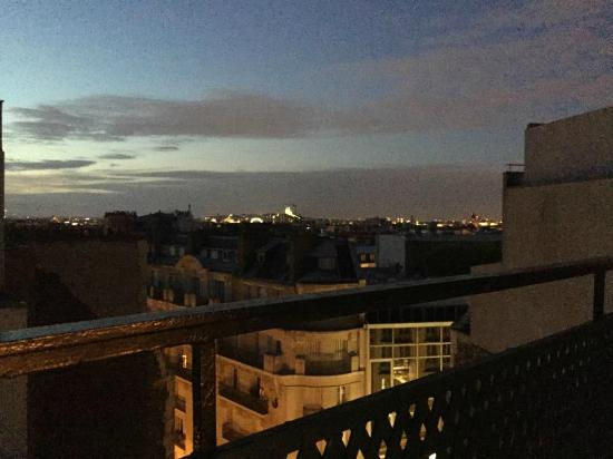 night view 806 picture of hotel le littre paris. Black Bedroom Furniture Sets. Home Design Ideas