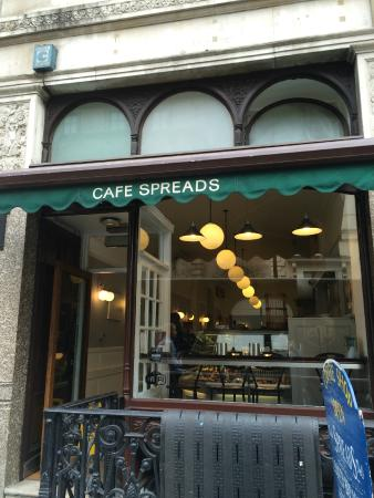 Spreads Cafe Pall Mall