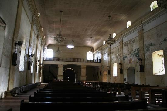 Capiz Province, Philippines: Church interior