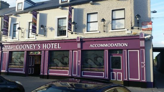 Cooneys Hotel Updated 2019 Reviews Amp Price Comparison