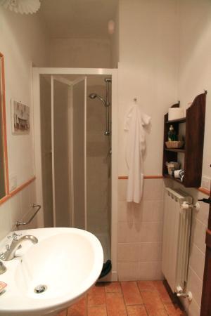 Il Giardino Segreto: В ванной есть всё необходимое