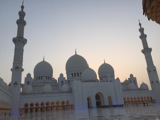 Mezquita Sheikh Zayed: photo1.jpg