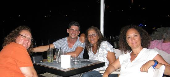سكياثوس, اليونان: Costas the very professional waiter at Bourtzi Cafe Skiathos
