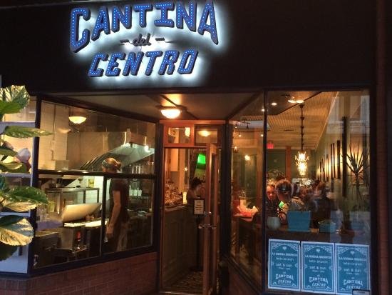 Cantina Del Centro: YUM-enjoyed the dining experience and food!!  Carpe diem!!!