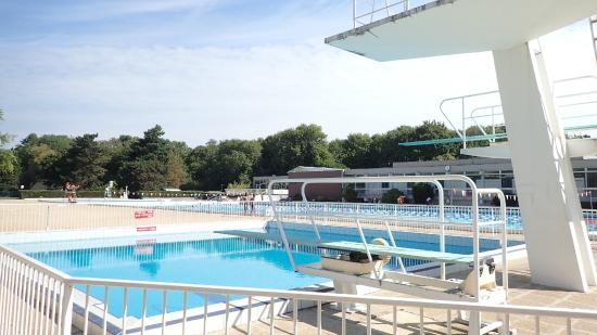 Antony 92 piscine la grenouill re du parc de sceaux for Piscine 92
