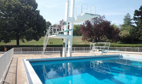 La Grenouillere - Open-Air Swimmingpool