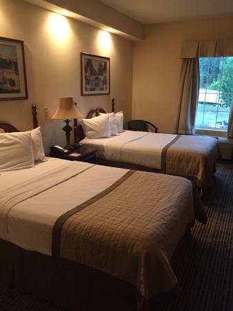 Baymont Inn & Suites Martinsville: photo7.jpg