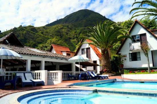 Casa giralda hosteria desde s 177 ba os ecuador - Hoteles en banos ecuador ...