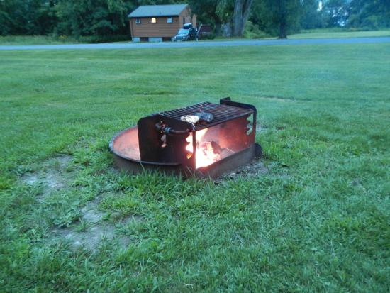Robert Moses State Park: Fire Pit with Grill
