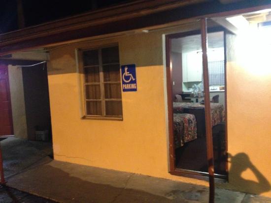 Palm City Motel: Frente