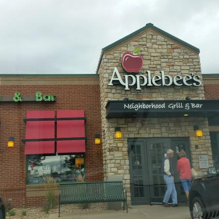 Applebees cedar rapids iowa