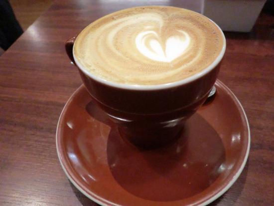 Ritual Espresso Cafe : 濃い目のラテ