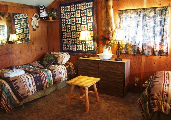 Cantwell, AK: Look into one of our available rooms