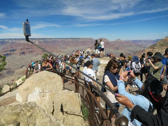 Crowds At One Of The Grand Canyon Lookouts Picture Of Gc Tours Las Vegas Tripadvisor