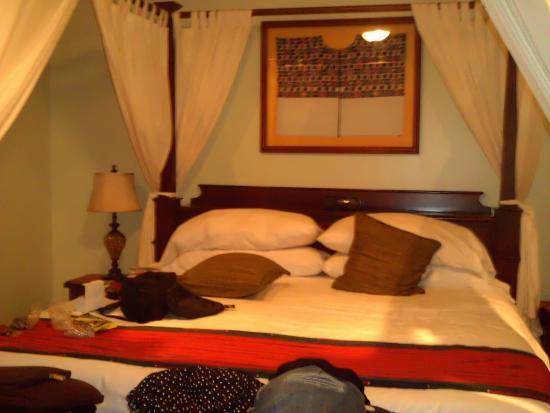 Hamanasi Adventure and Dive Resort: Room
