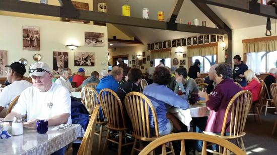 Virginian Lodge: Interno locale