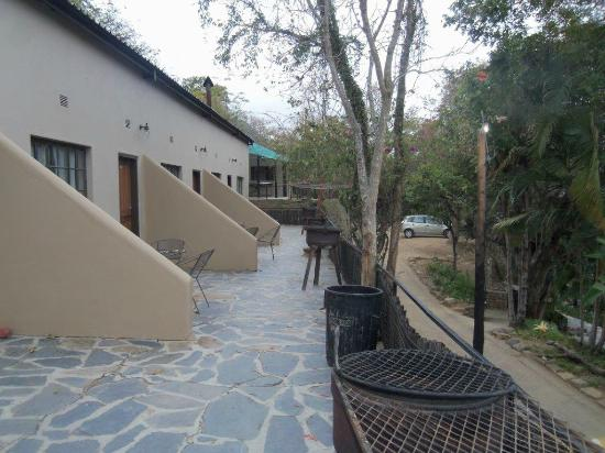 Vryheid, South Africa: Privacy created by dividing sections
