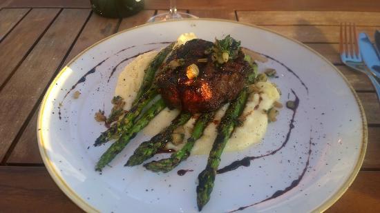 Bin on the Lake Wine Bar & Restaurant: Filet