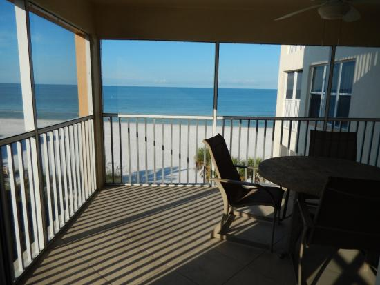 Bay To Beach Resort: Screened balcony/lanai with incredible view