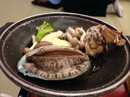 Hotel Futaba: あわび