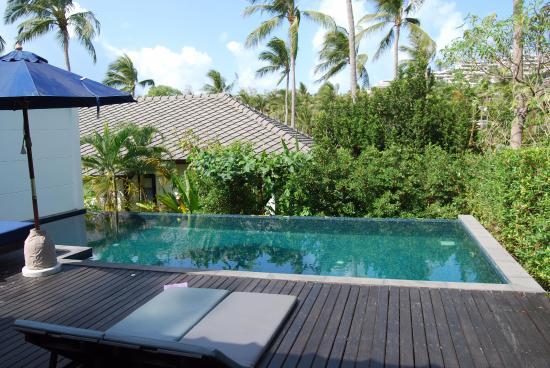 Outrigger Koh Samui Beach Resort 4