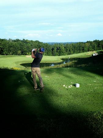 Burkesville, KY: Dale Hollow Lake State Resort Park Golf Course