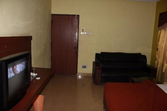 Akanksha Inn: The only spacious room in the hotel