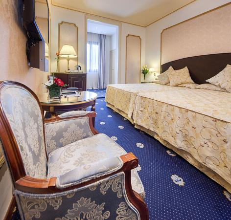 Hotel Roger De Lluria Barcelona: Deluxe Room