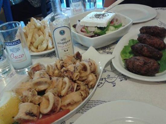 Taverna Almi : greek night out