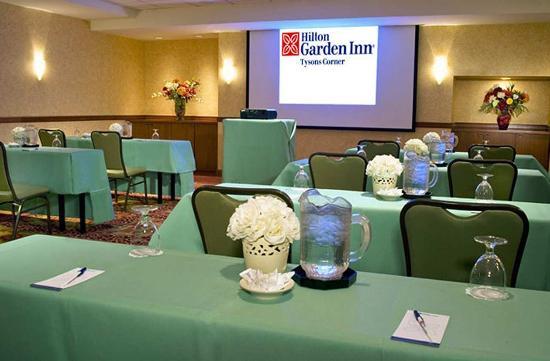 Hilton Garden Inn Tysons Corner: Meeting Room