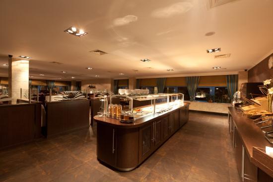 XO Hotels Blue Square : Blue's Bistro