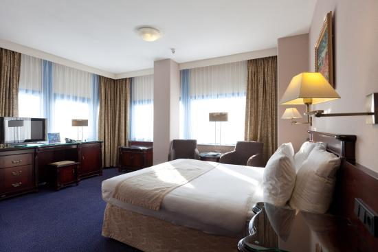 XO Hotels Blue Square: Classic Double Room