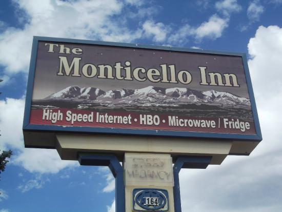 Monticello, IN: .